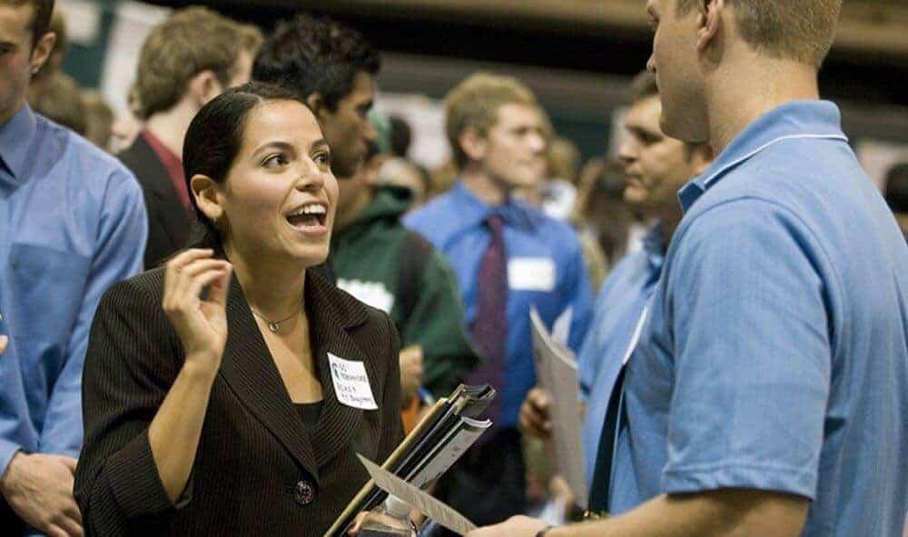 woman-applying-for-job--3