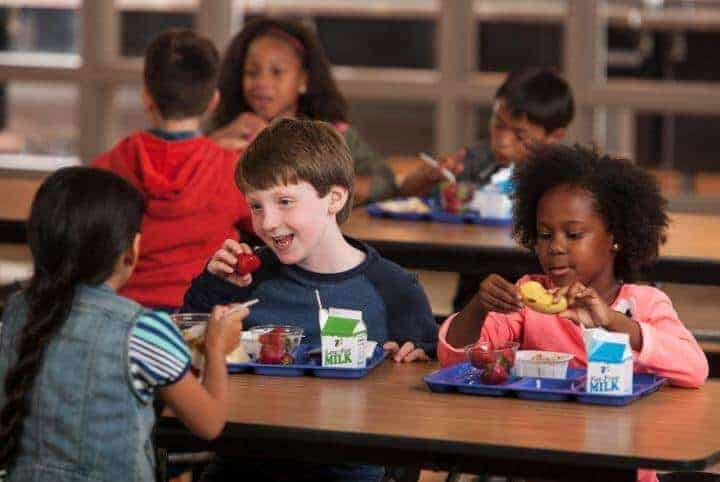 Students more likely to eat school breakfast when given extra time