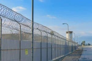 Privatized prisons lead to more inmates, longer sentences, study finds