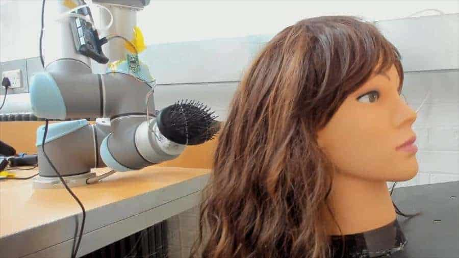 A robot that can help you untangle your hair