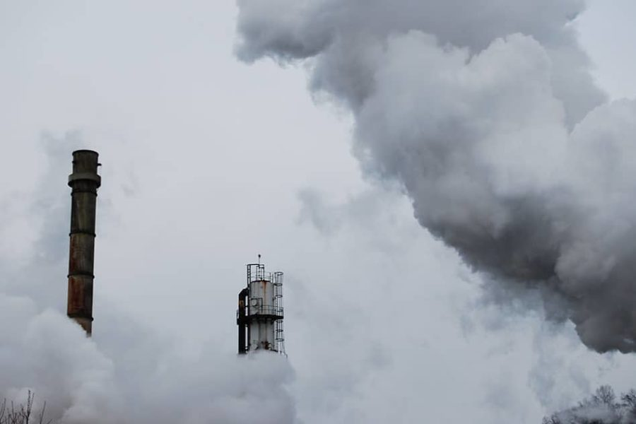Reducing emissions by decarbonizing industry