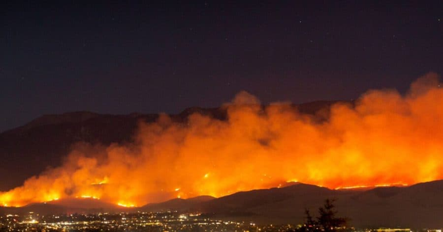 Wildfire smoke linked to increase in COVID-19 cases and deaths